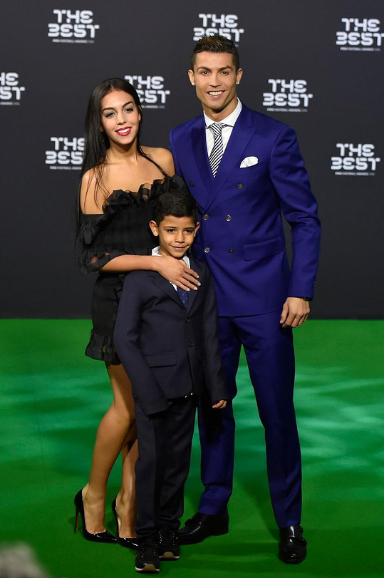 Cristiano Ronaldo s přítelkyní a synem