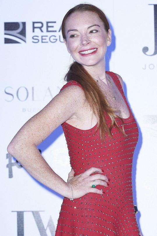 Lindsay Lohan během svých bouřlivých let randila se slavnou DJkou.