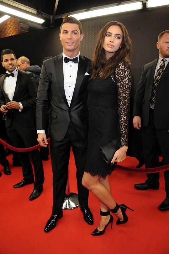 Obě randily také s Cristianem Ronaldem, zatímco Kim krátce, Irina (na snímku) pět let.
