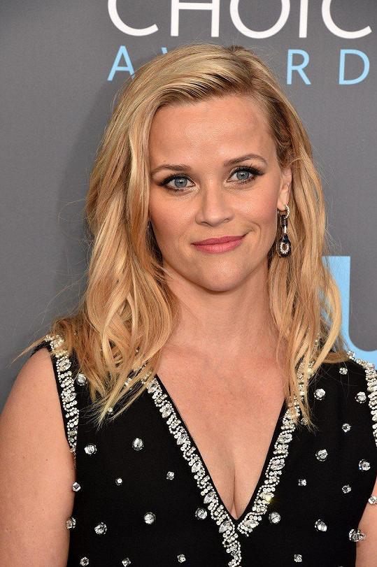 Reese Witherspoon se nový seriál vyplatí. Za epizodu si přijde na 25 miliónů korun.