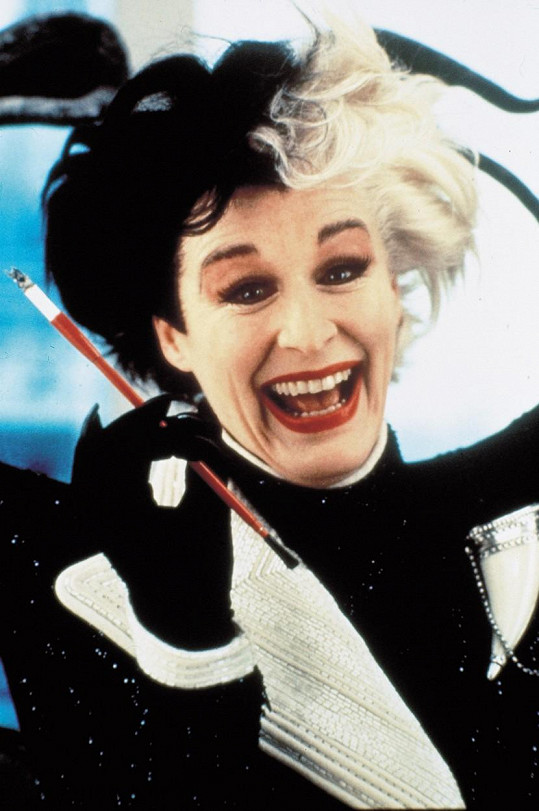 Glenn Close jako Cruella de Vil ve filmu 101 dalmatinů (1996)