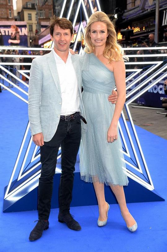 James Blunt s manželkou Sofií, se kterou má dvě děti.