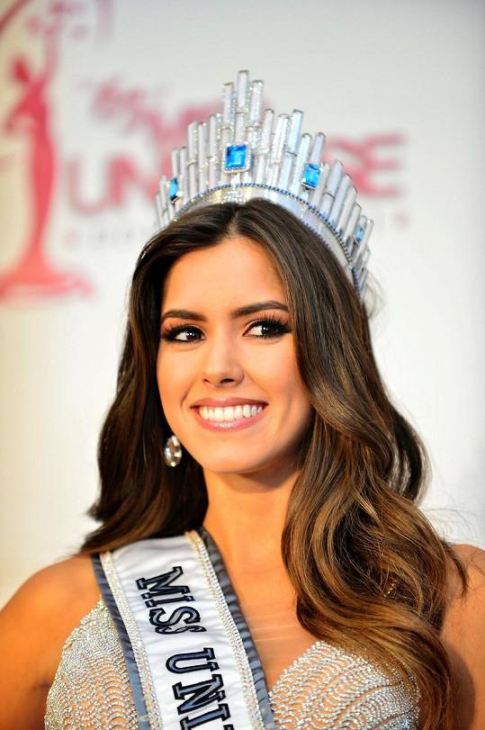 Paulina Vega je úřadující Miss Universe.