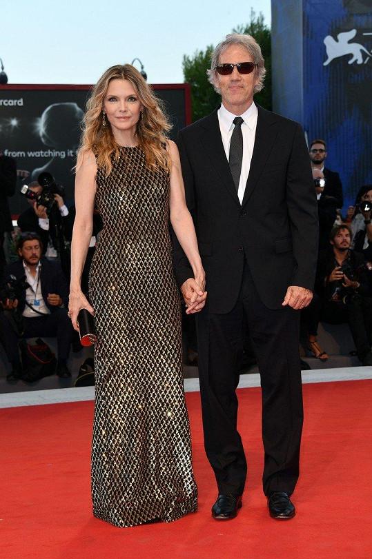 Michelle Pfeiffer s manželem Davidem E. Kelleyem