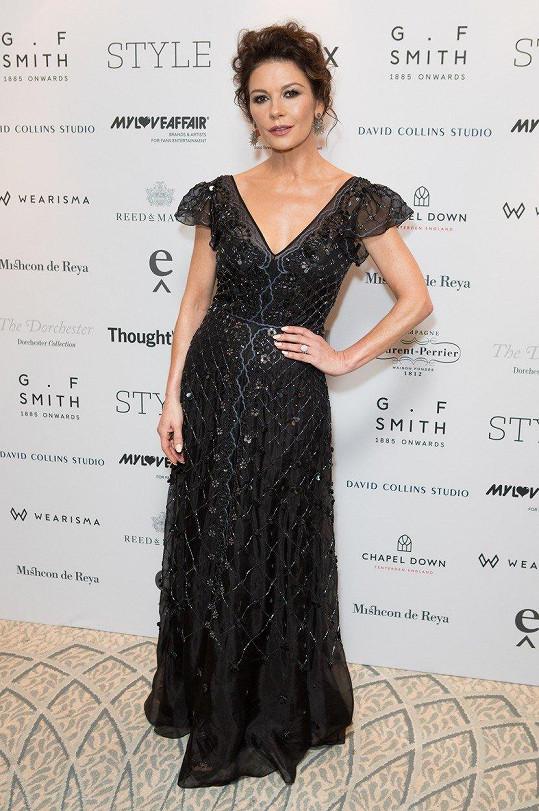 Catherine Zeta-Jones je ozdobou společenských akcí.