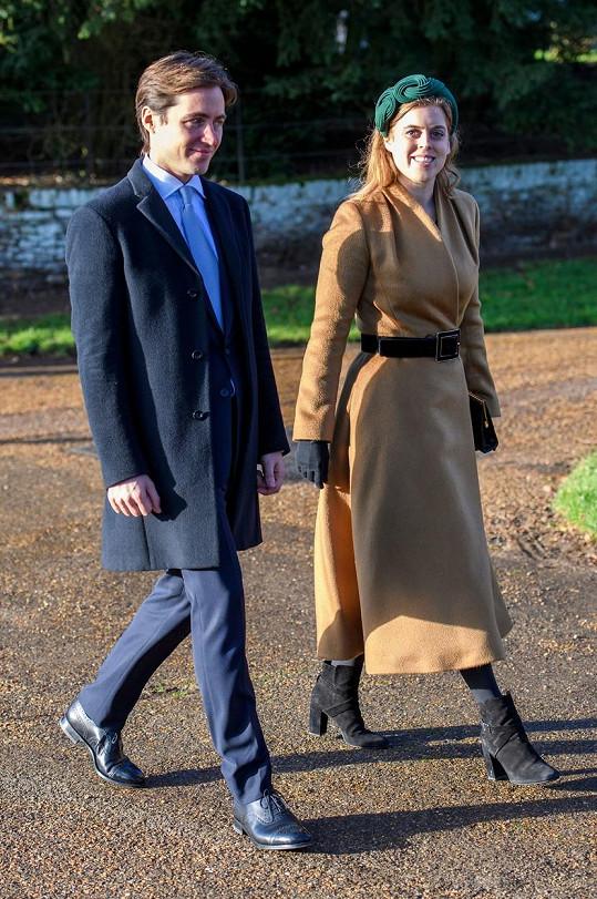 Princezna Beatrice se snoubencem