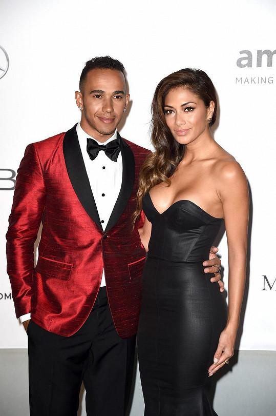Hamilton měl nejvážnější vztah s Nicole Scherzinger.
