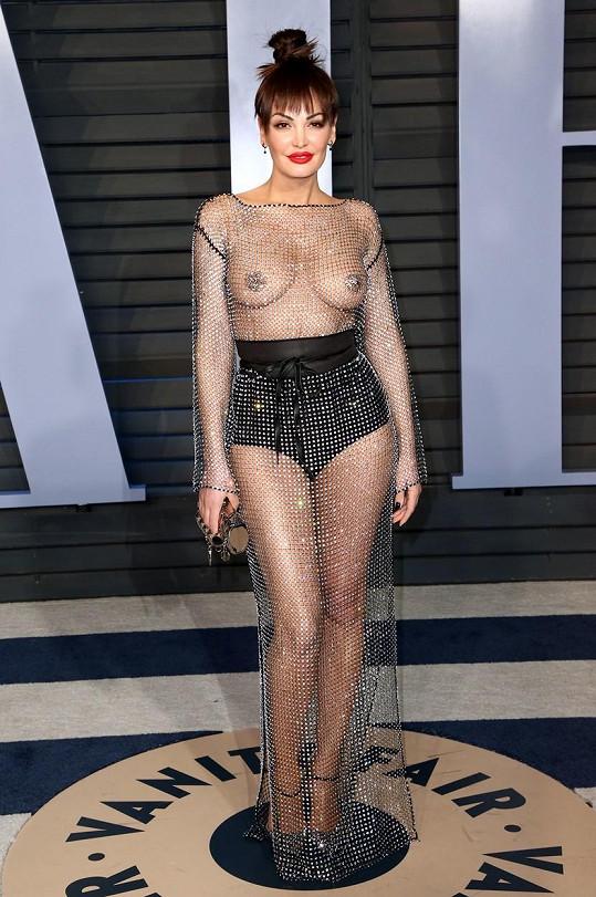 Tenhle oblékla v roce 2018 na večírek Vanity Fair.