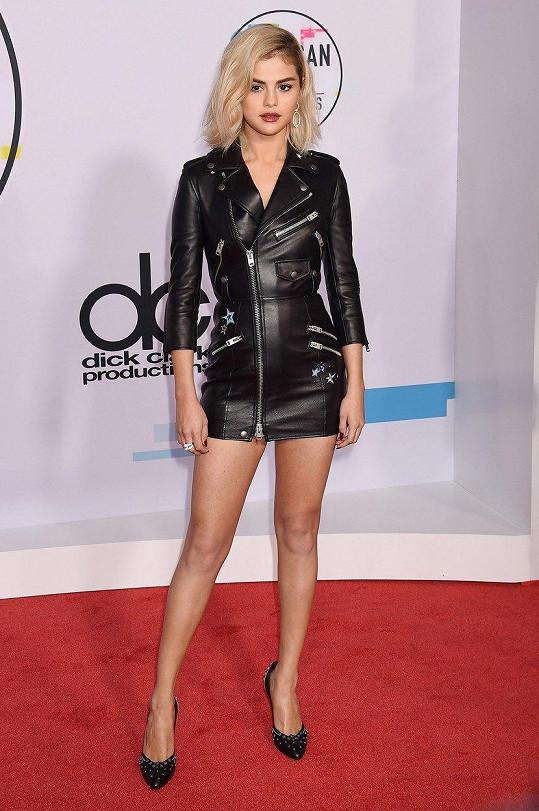 Jejím vzorem je Selena Gomez.