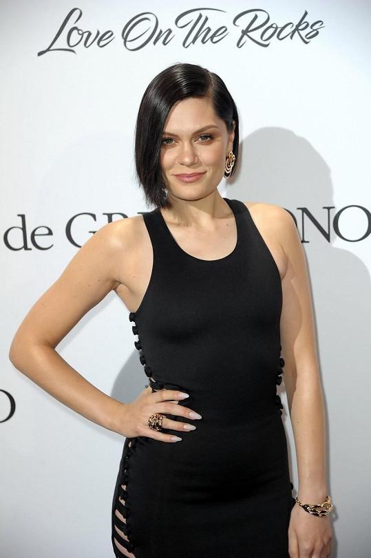 Jessie J se nevzdává snu stát se maminkou.