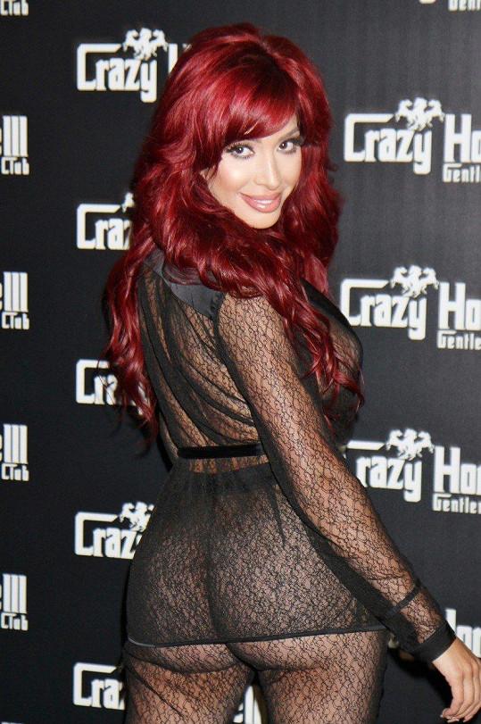 V tomto outfitu byla v klubu Crazy Horse v Las Vegas.