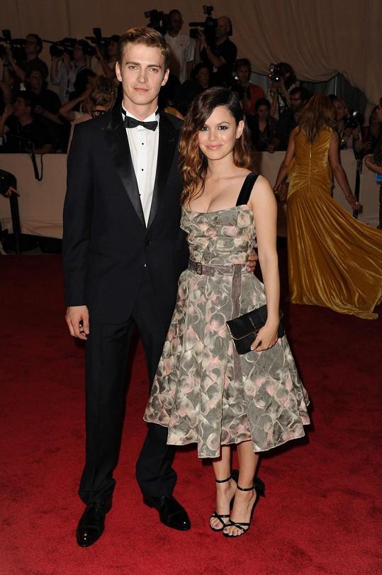 V roce 2007 se herečka zamilovala do kolegy Haydena Christensena, s nímž má dceru Briar (4). O deset roků později oznámili rozchod.
