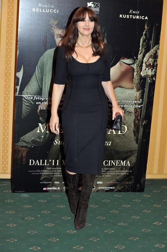 Monica Bellucci zářila na premiéře snímku Na mléčné dráze.