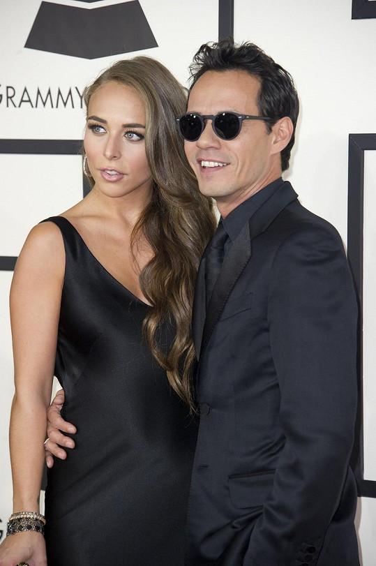 V letech 2013/2014 chodila s Marcem Anthonym.