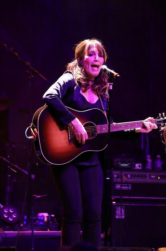 Katey Sagal na koncertě v Las Vegas