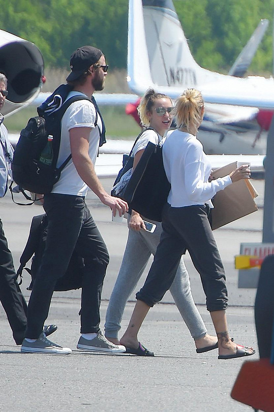 Při hádce, kdy na sebe řvali se slzami v očích, se s ním prý Miley málem rozešla.