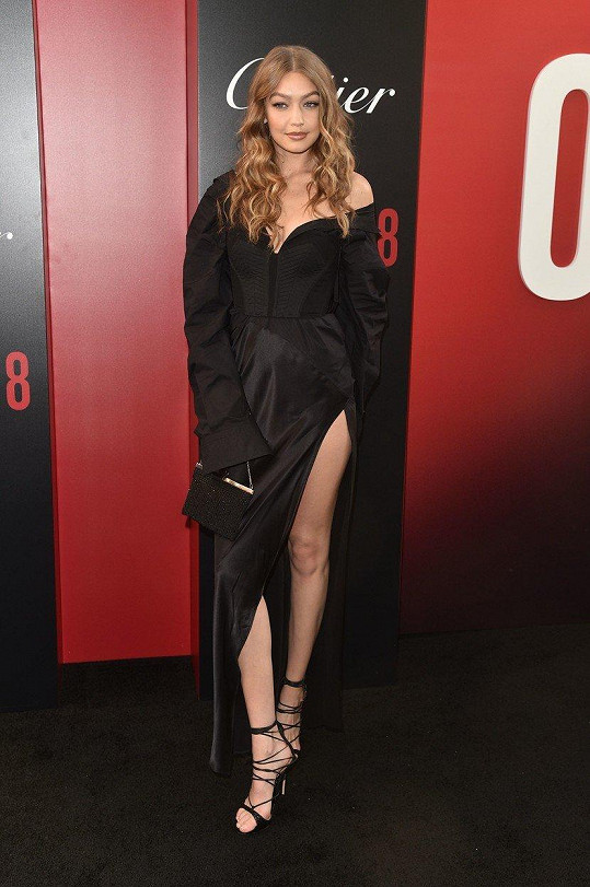 I Gigi Hadid si našla chvilku na kino.
