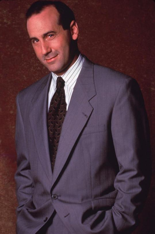 V době natáčení Beverly Hills 90210 zažíval mistr malých roliček největší popularitu.