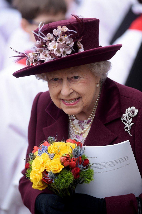 Bohoslužby se zúčastnila i Alžběta II.
