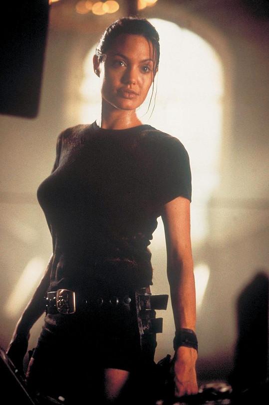 Angelina Jolie si Laru Croft zahrála ve dvou filmech.