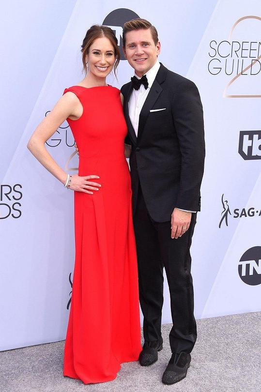 Allen Leech a Jessica Blair Herman na vyhlašování cen Asociace hollywoodských herců