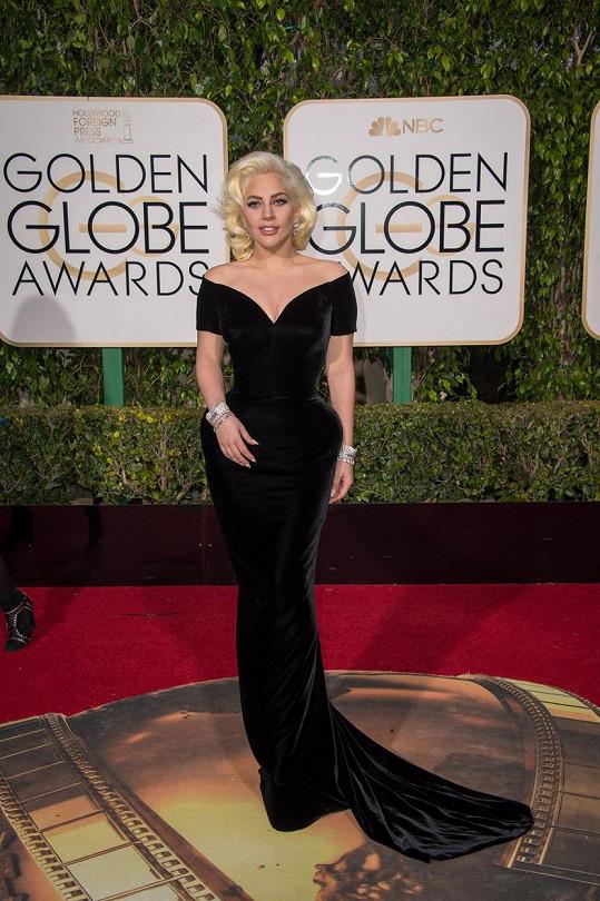 Lady Gaga na udílení Zlatých glóbů
