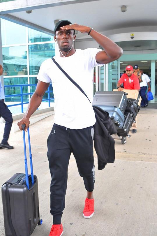 Usain Bolt po příletu na Jamajku