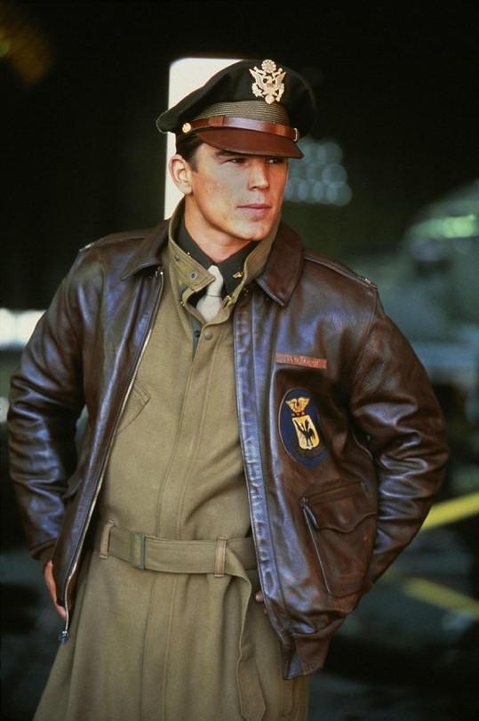 Role ho vystřelila mezi nejžádanější herce Hollywoodu, o to ale Hartnett nestál.
