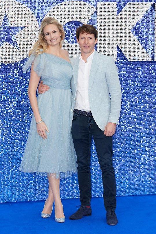 James Blunt a Sofia Wellesley na premiéře filmu Rocketman