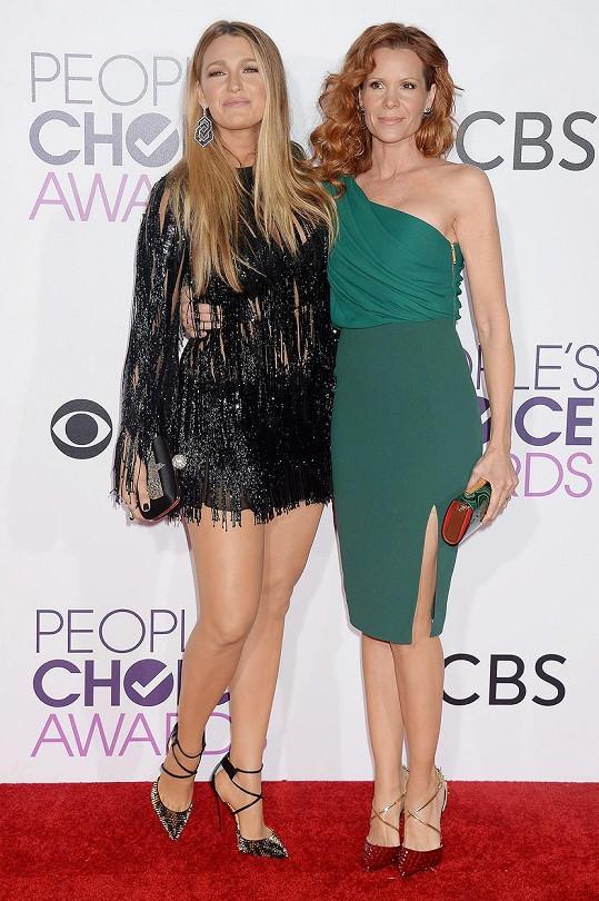 Blake se sestrou Robyn
