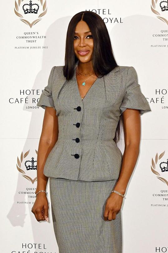 Naomi Campbell v květnu oznámila, že se stala matkou.