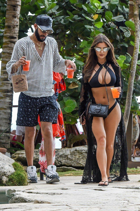 Demi s přítelem Chrisem Martinezem na dovolené v Mexiku