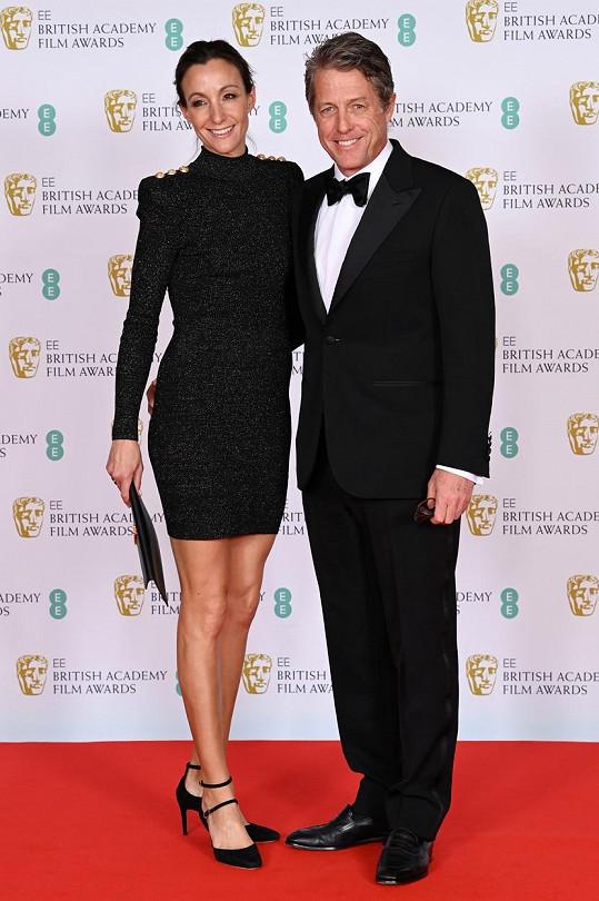 Hugh Grant s manželkou Annou Eberstein