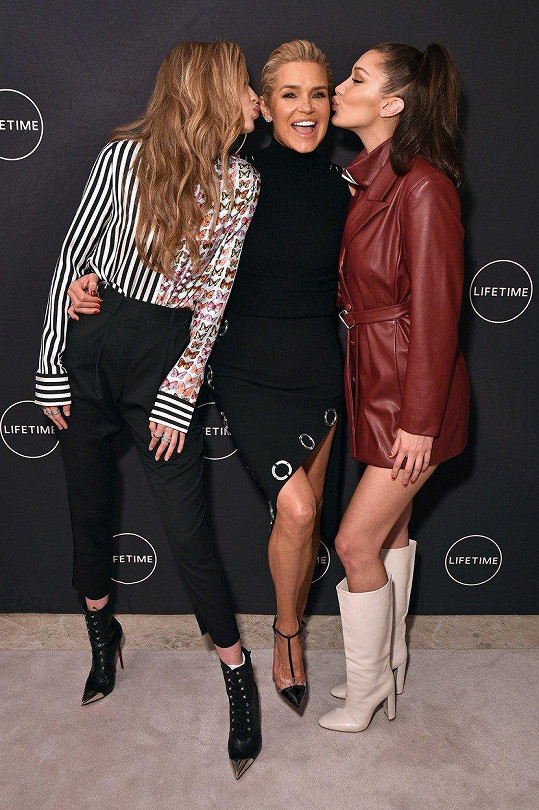 Yolanda Hadid s dcerami Gigi a Bellou