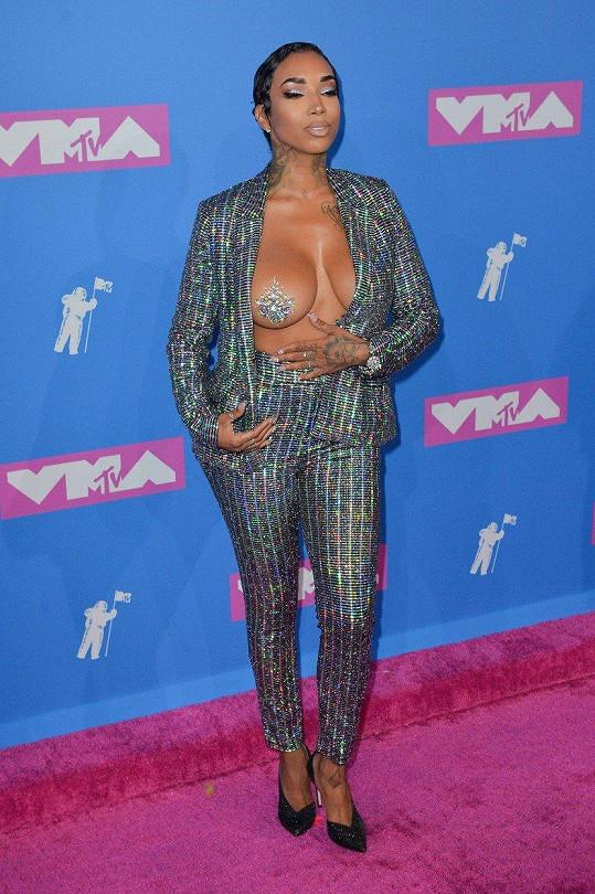 Sky na MTV Video Music Awards ukázala prso.