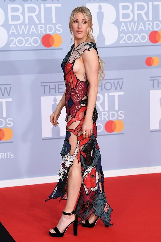 Ellie Goulding přiznala závislost na cvičení.