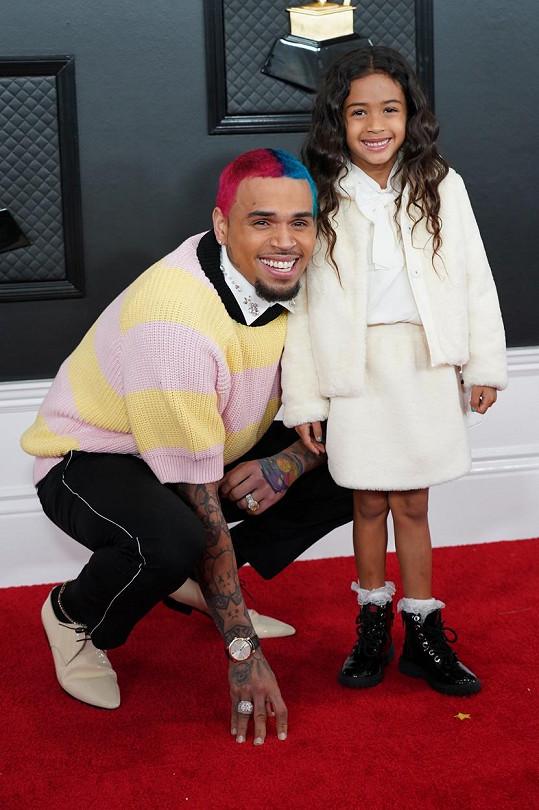 Na Grammy dorazil se svou pětiletou dcerkou Royalty.