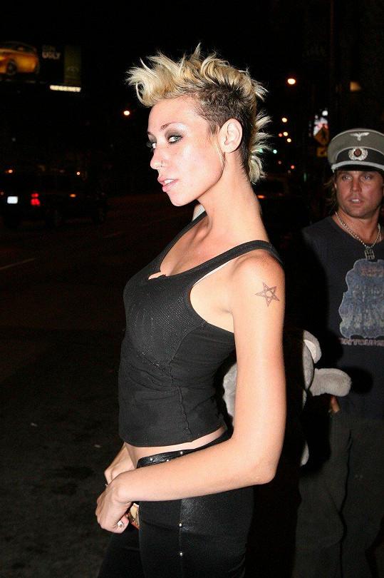 Proslavila se jako modelka v americké reality show.