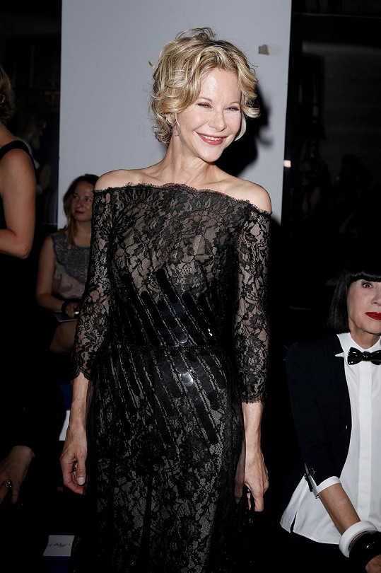 Hollywoodská herečka na týdnu módy v Paříži