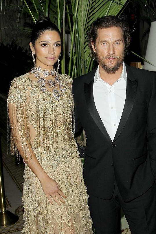 Manželé na premiéře dramatu Gold v New Yorku