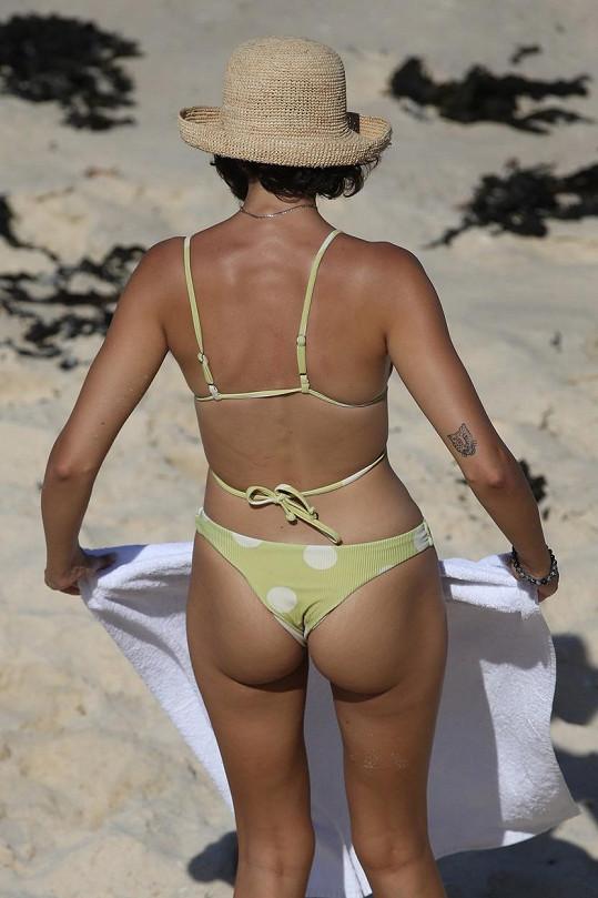 Vanessa Valladares zezadu