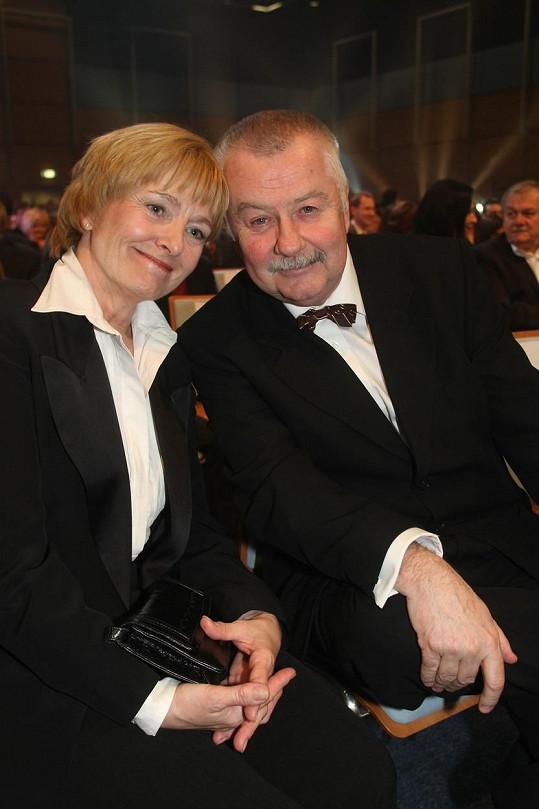 Ladislava Potměšila s manželkou Jaroslavou spojovala i láska k herecké profesi, kterou se oba živili.