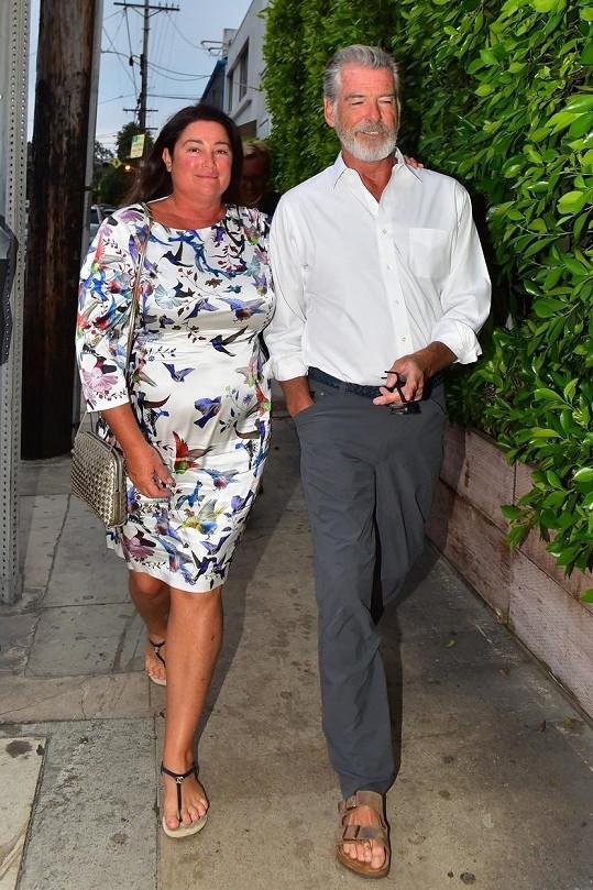 Pierce Brosnan s druhou manželkou Keely Shaye Smith