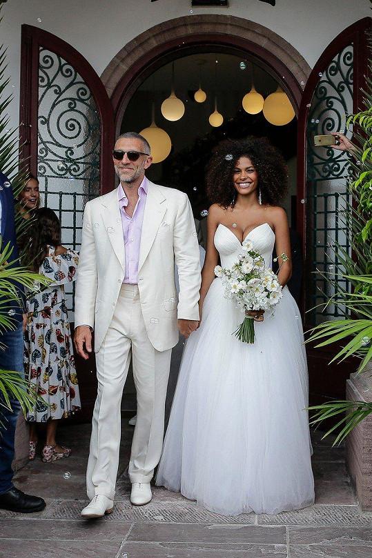 Vincent Cassel se v pátek oženil s Tinou Kunakey.