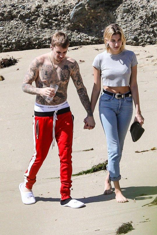 S manželem Justinem Bieberem prý mimčo zatím neplánují.