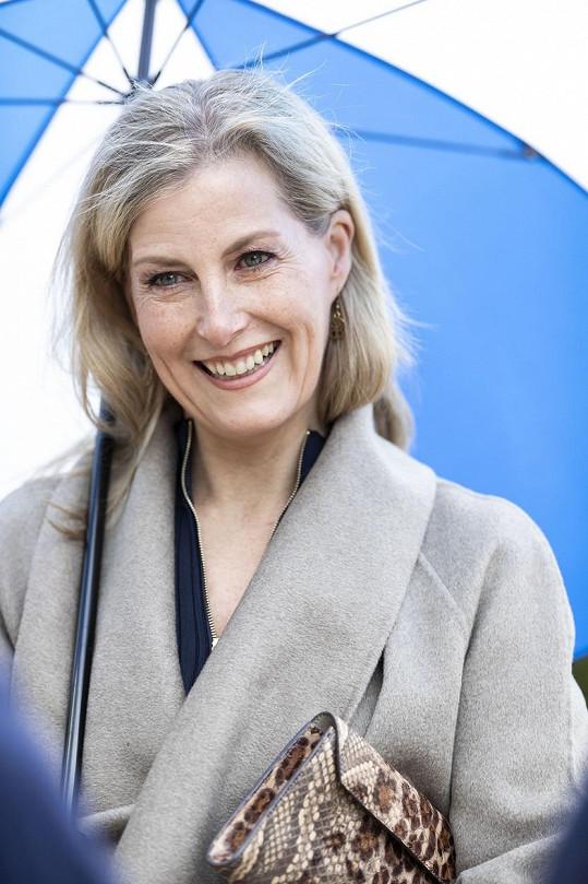 Hraběnka následně uvedla, že ať se stane cokoli, vévoda a vévodkyně ze Sussexu zůstanou jejich rodinou.