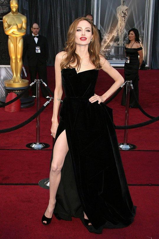 Její maminku inspirovala i Angelina Jolie.