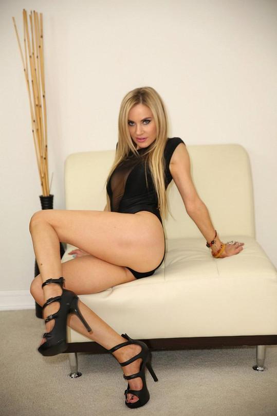 Sexy Paula Labaredas