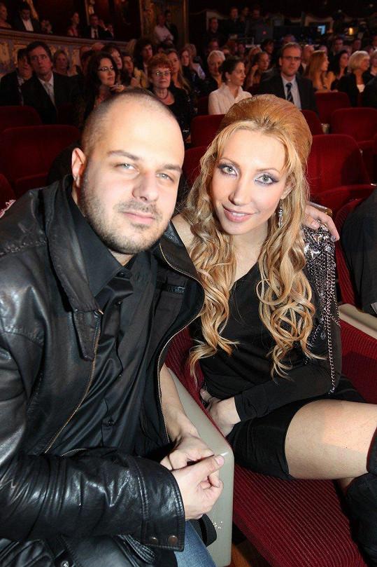 V roce 2010, když tvořil pár s Olgou Lounovou.