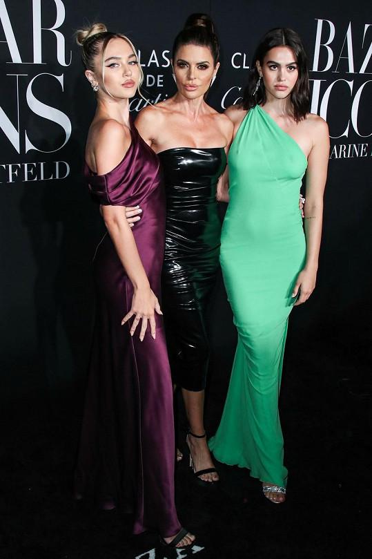 S dcerami Amelií a Delilah, které se také věnují modelingu.